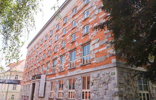 Plečnik's library.