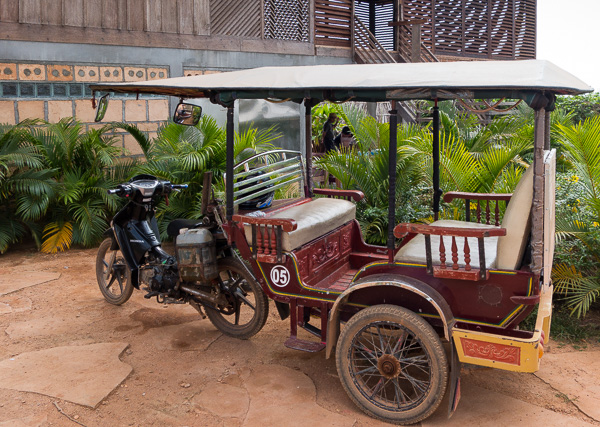 Slightly different than the tuk tuks in other parts of Southeast Asia, the moto kangbey was a great mode of transport around Kampong Chhnang.